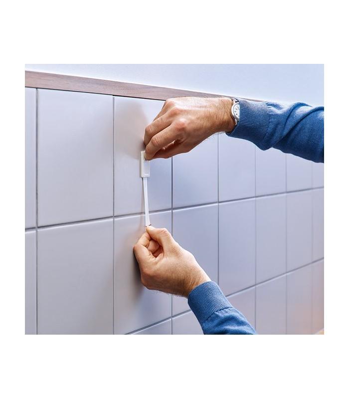 Chiodi adesivi bianchi per piastrelle e metallo 2 kg tesa for Chiodi adesivi