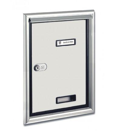 Silmec letterbox door to be mounted through an external wall