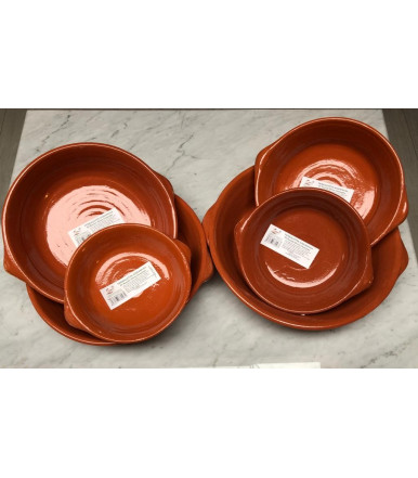 Terracotta pot for fish with 2 handles